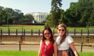 Summer certificate students outside the White House during their Penn Law trip to Washington DC