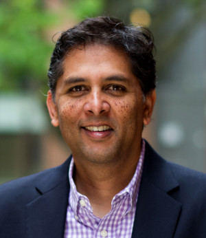 "At the Entrepreneurship Legal Clinic, director Praveen Kosuri teaches students the kind of ""optimal skills"" he outlines in his new article on how to train great business lawyers."