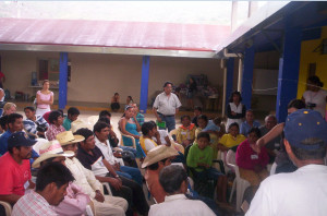 Migrant workers attend a workshop conducted by CDM after returning to Mexico.