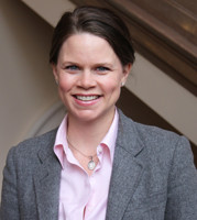 Elizabeth McManus L'04 - Associate Director for Professional Development
