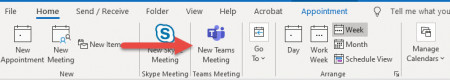Screenshot Adding a Teams Meeting in Outlook.